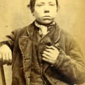 James Donneley, 16 ans. Condamné à deux mois de travaux forcés pour vol de chemises.